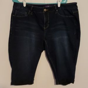 Royalty Dark Wash Capri Jeans
